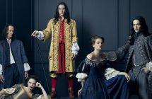 Versailles : Simon Mirren et David Wolstencroft dévoilent leur vision de la série
