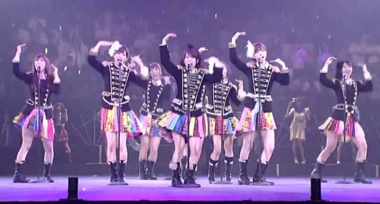 AKB48: le génie marketing de Yasushi Akimoto et AKS