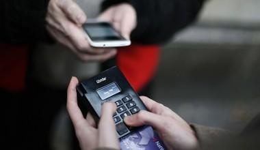 L'argent comptant serait-il en voie de disparaître ?