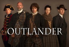 Outlander: Sam Heughan présente les paroles de la chanson