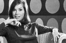 Mary Tyler Moore: la légendaire actrice s'éteint à 80 ans