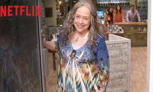 Disjointed: la nouvelle comédie de Kathy Bates arrive sur Netflix