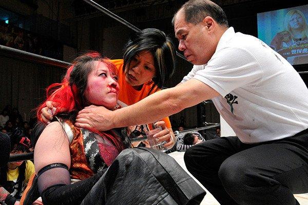 Yoshiko Vs. Act Yasukawa: quand un combat de lutte féminin devient réel