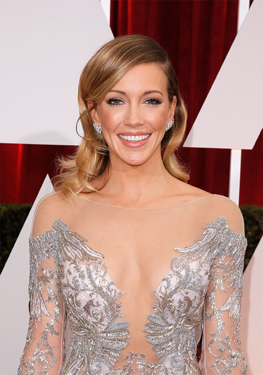 202215-cc-red-carpet-Katie Cassidy