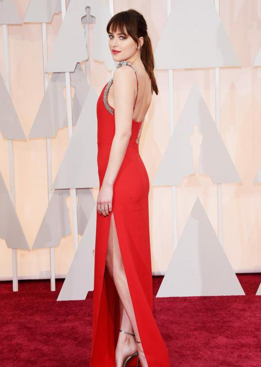 oscars-2015-dakota-johnson-50-shades-of-grey