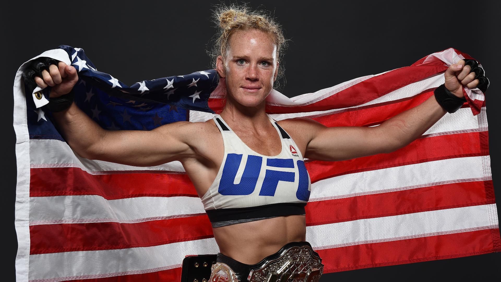 UFC: Holly Holm est la nouvelle coqueluche des médias