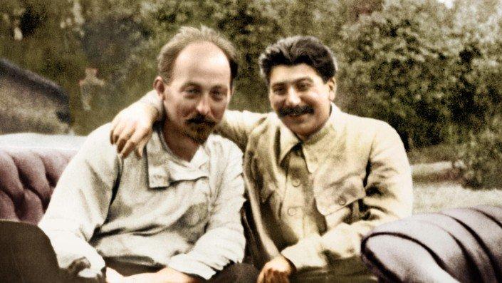 Staline & Felix Dzerjinski - 1924