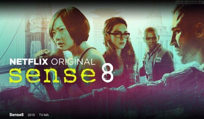 Sense8: L'un des «cluster»  est une femme transgenre nommée Nomi Marks, joué par une actrice transgenre Jamie Clayton.