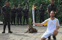 Juma le jaguar tué par balle à la cérémonie de la torche olympique