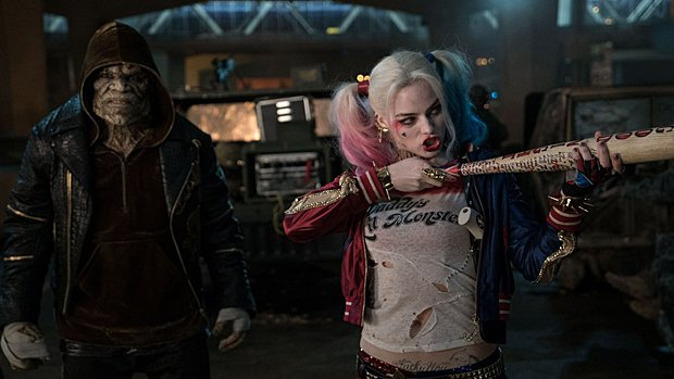 Killer Croc (Adewale Akinnuoye-Agbaje) et Harley Quinn (Margot Robbie) dans Suicide Squad.