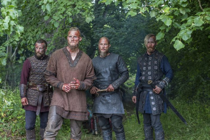 Peter Franzén , Alexander Ludwig, Travis Fimmel et Jasper Pääkönen Vikings saison 4 partie 2