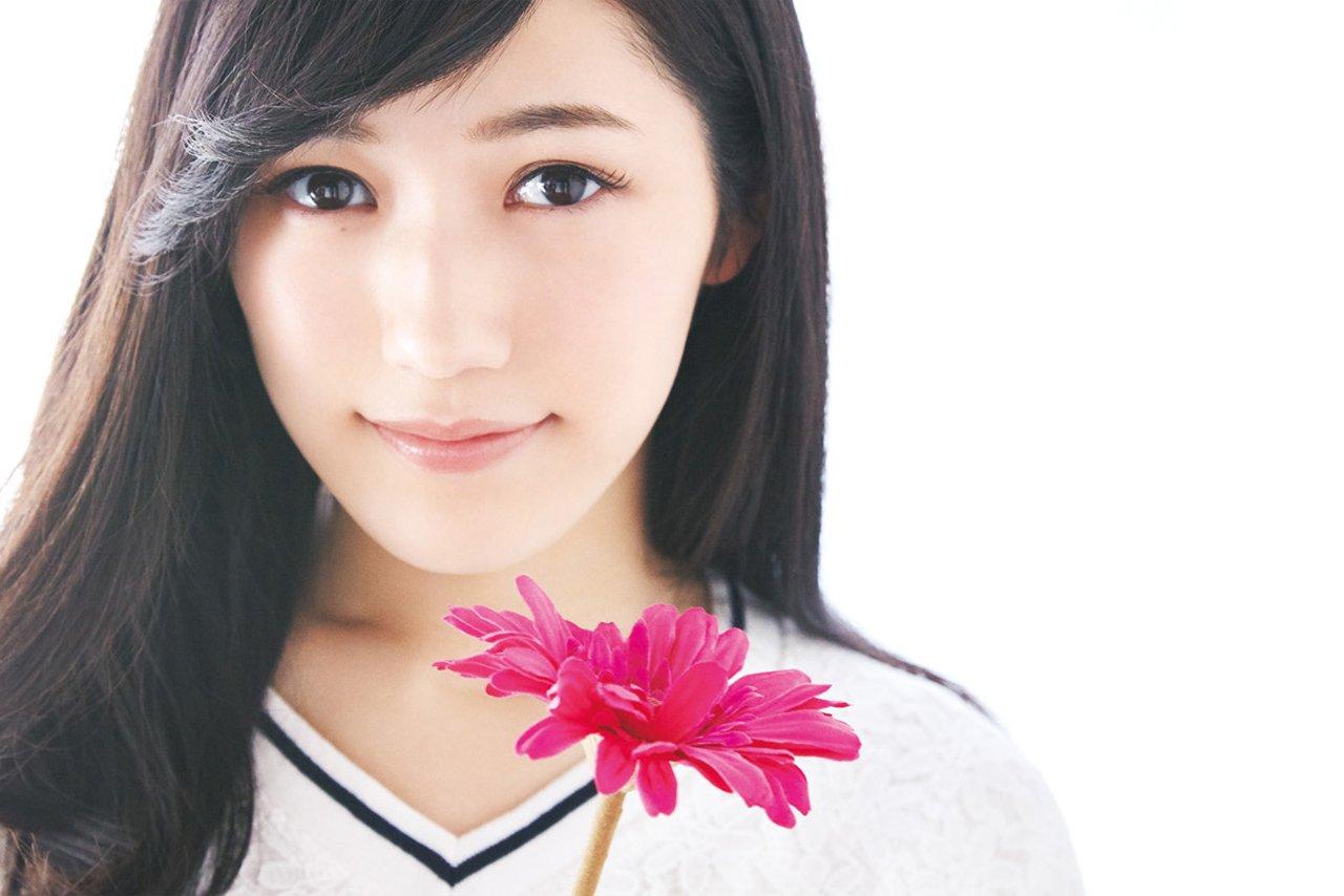 Maho Girls PreCure!: Mayu Watanabe (AKB48) va faire une aparition