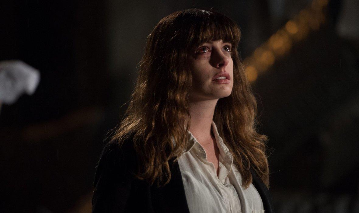 Colossal: le monstre d'Anne Hathaway débarque à Montreal