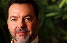 All Involved: Alan Ball va adapter le roman Six jours de Ryan Gattis