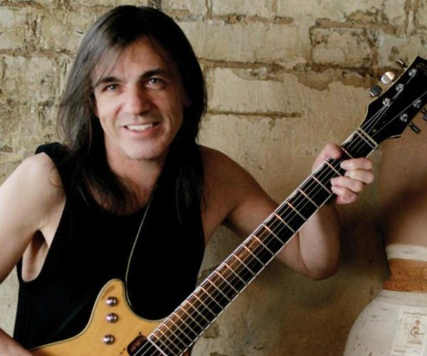 AC/DC : décès du guitariste Malcolm Young à 64 ans