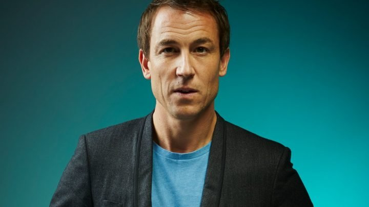 Outlander: Tobias Menzies se joint à la série The Crown sur Netflix