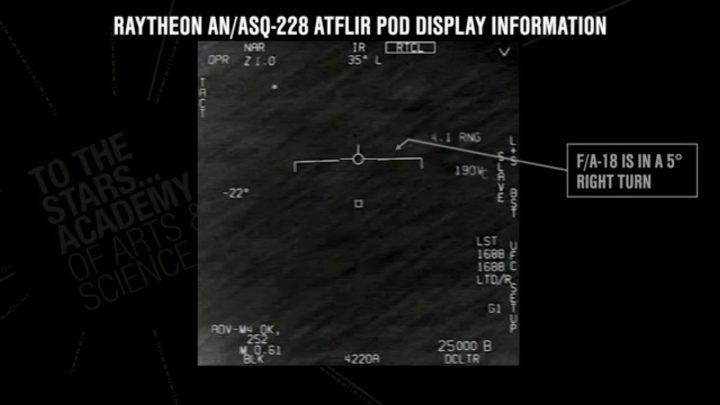 Un OVNI au-dessus de l'océan Atlantique impressionne des militaires