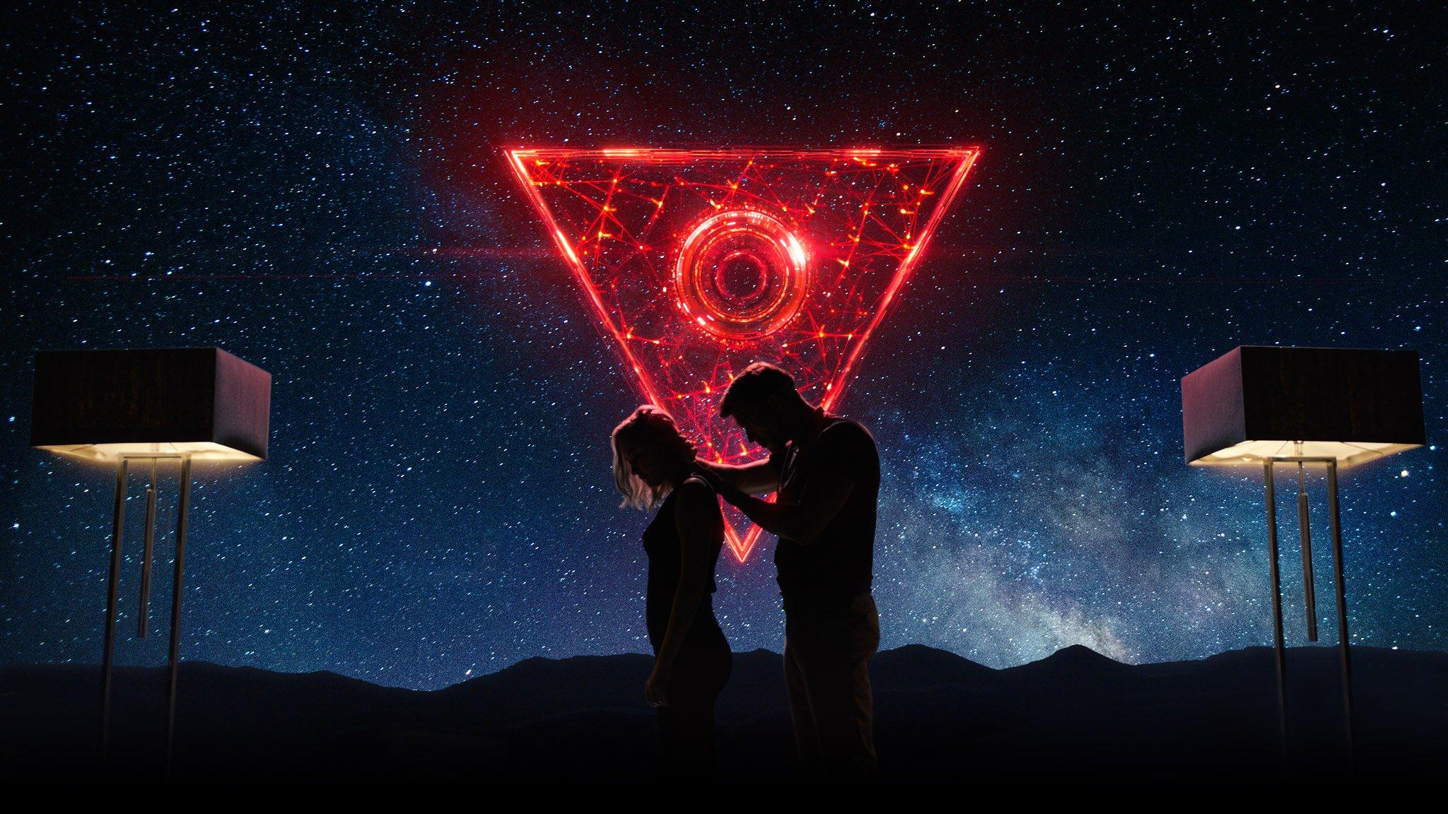 Tau: Netflix dévoile un thriller de science-fiction avec Maika Monroe